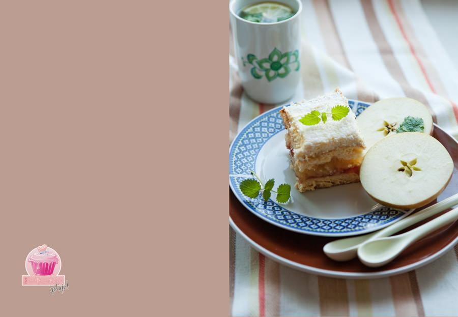 fotografia kulinarna biszkopt z dżemem