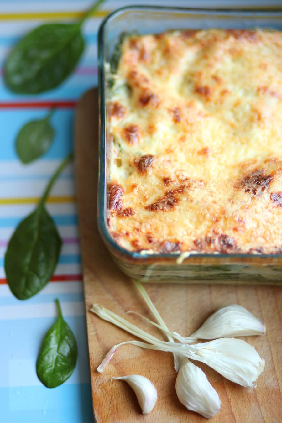zdjęcie potrawy lasagne z beszamelem