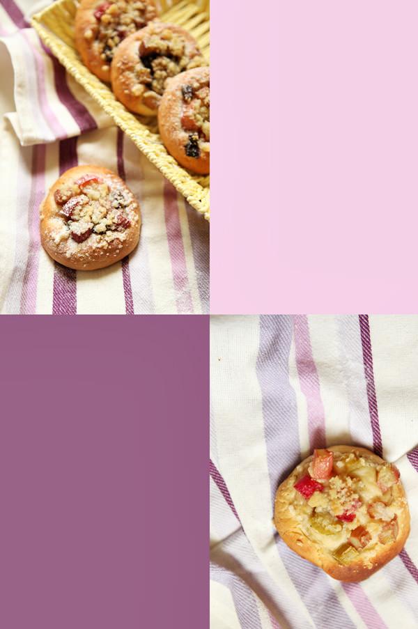 fotografia kulinarna drożdżowe bułeczki z rabarbarem i kruszonką