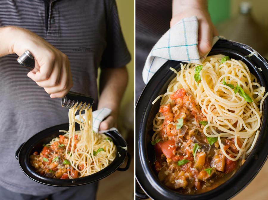 fotografia kulinarna spaghetti z bakłażanem